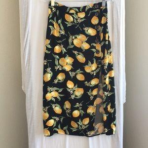 H&M lemon skirt